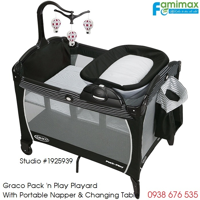 Nôi em bé Graco PNP Playard Portable Napper & Changer